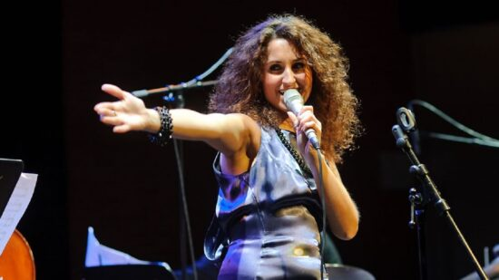 Cantora portuguesa Maria Mendes nomeada para Grammy