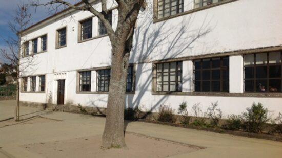 Covid-19: Governo vai ponderar entre hoje e quinta-feira encerramento de escolas