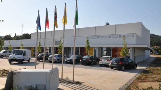 Câmara de Viana do Castelo compra polidesportivo da Meadela