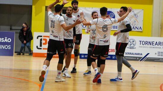 """Voleibol Clube de Viana ganha em Condeixa e garante presença histórica na """"final a oito"""""""