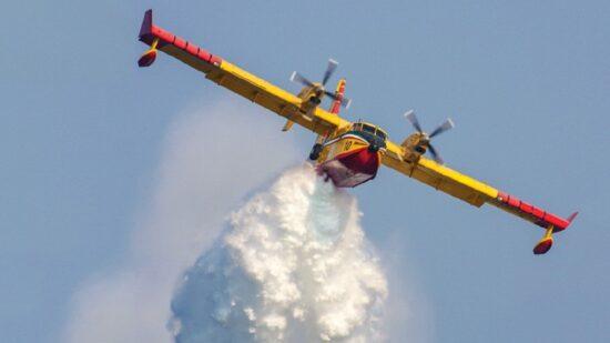 Portugal vai adquirir 14 meios aéreos de combate aos incêndios rurais até 2026